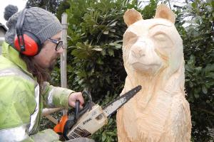 2. Carving Hugh WEB RGB keith woolford
